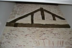 Cerchas del antiguo paso a la Diputación del Reino, visibles desde la sala de exposiciones temporales del Alma Mater Museum.